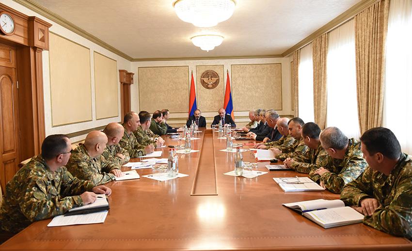 pashinian-sahakian-military
