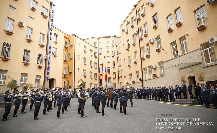 pashinyan-police-2