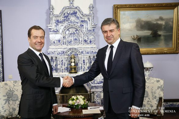 russia-armenia-pm