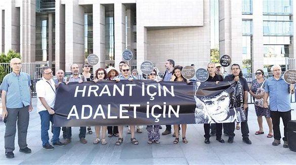 Hrant-Dink-protest-1