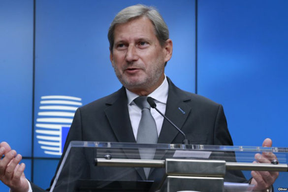 epa06332758 European Commissioner for enlargement Negotiations Johannes Hahn gives a press briefing at the end of EU-Serbia Stabilisation and Association Council, in Brussels, Belgium, 16 November 2017.  EPA-EFE/OLIVIER HOSLET