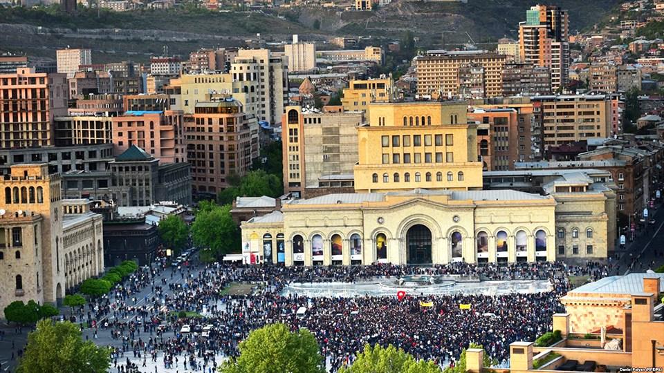 Protests-Yerevan-Center
