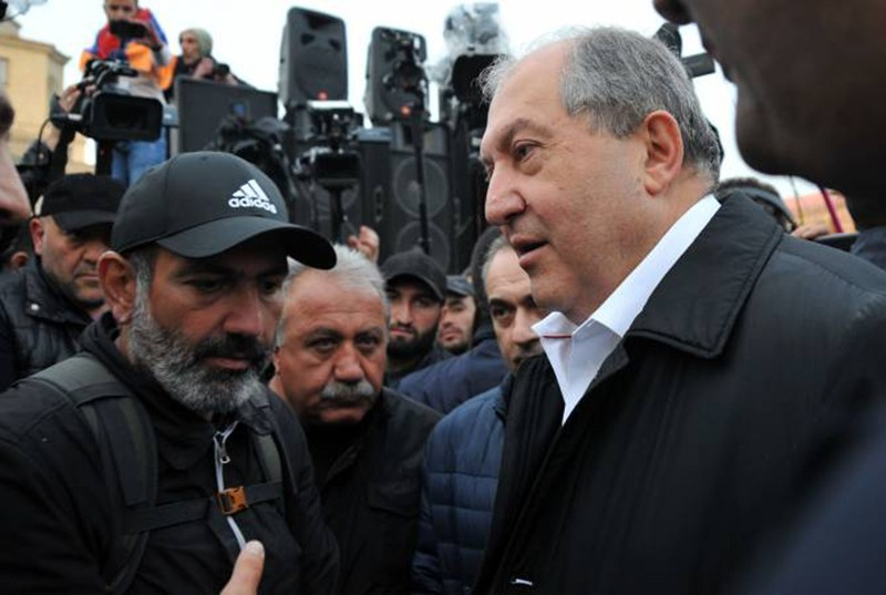 armen-sarkissian-nikol-pashinyan