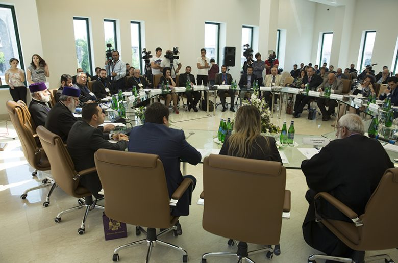 etchmiadzin-conference-1