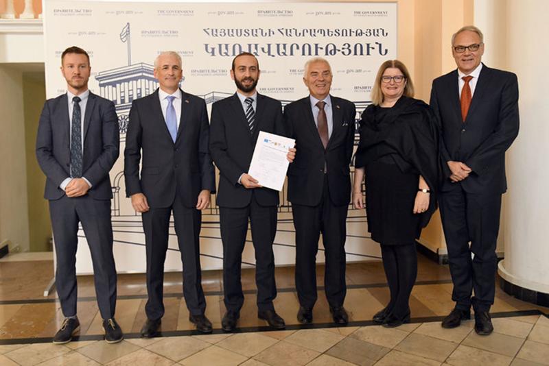 EU-Armenia-11-14
