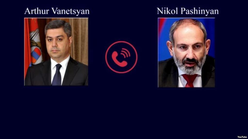 Vantezyan-Pashinyan-Phone
