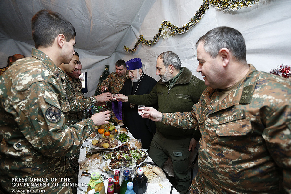 pashinyan-frontline-4