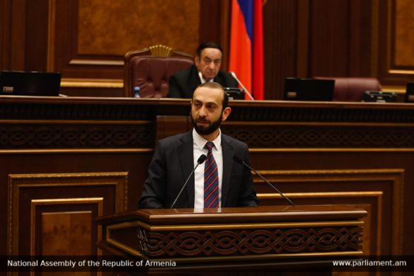 Ararat Mirzoyan
