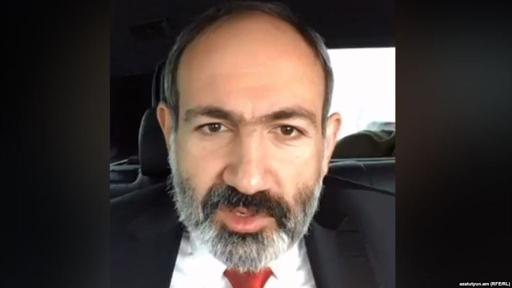 pashinyan-fb