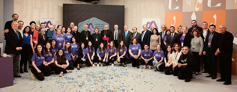Armenian-American-Museum-Leadership-with-Telethon-Committee-Members-Volunteers-Crew