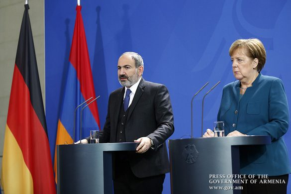 pashinyan-merkel-berlin-2