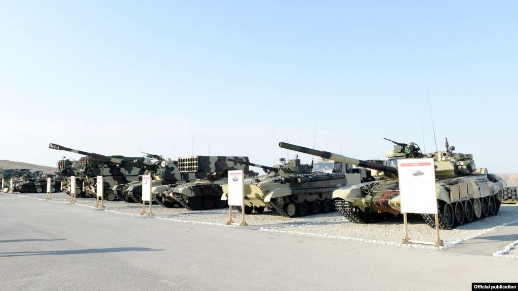 azeri military