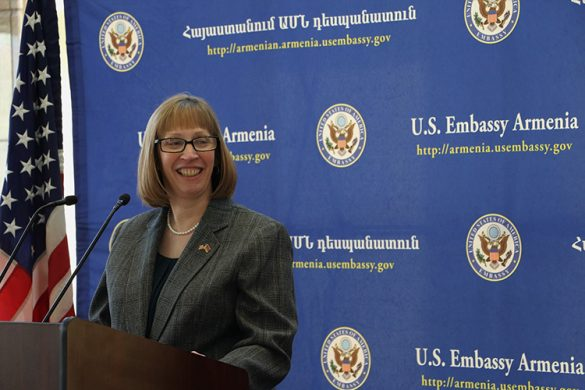 US Ambassador Lynne Tracy