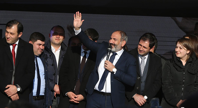 pashinyan-yes-campaign