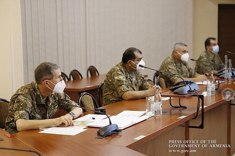 pashinyan-military-3