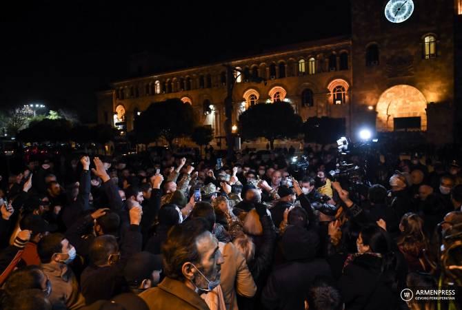 pro-pashinyan protest