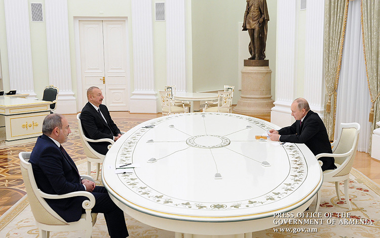pashinyan-aliyev-putin-moscow-01-11