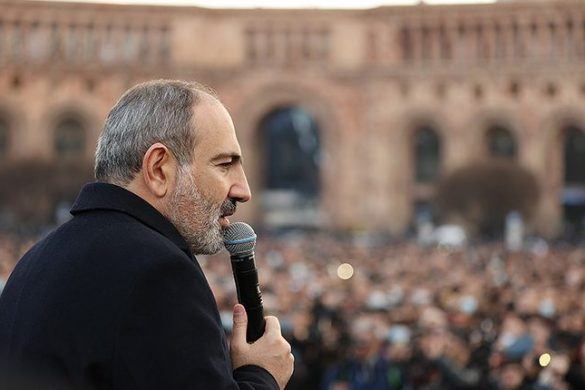 pashinyan-rally-700x430
