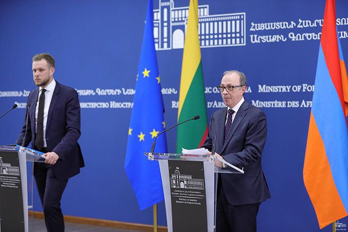 Armenia-Lithuania-FMs