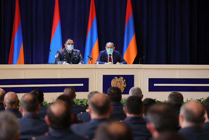 pashinyan-police