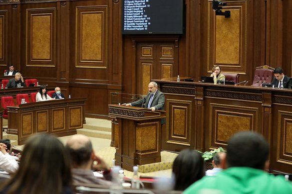 pashinyan-parliment-05-14