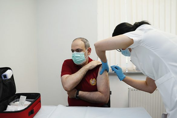 pashinyan-vaccine