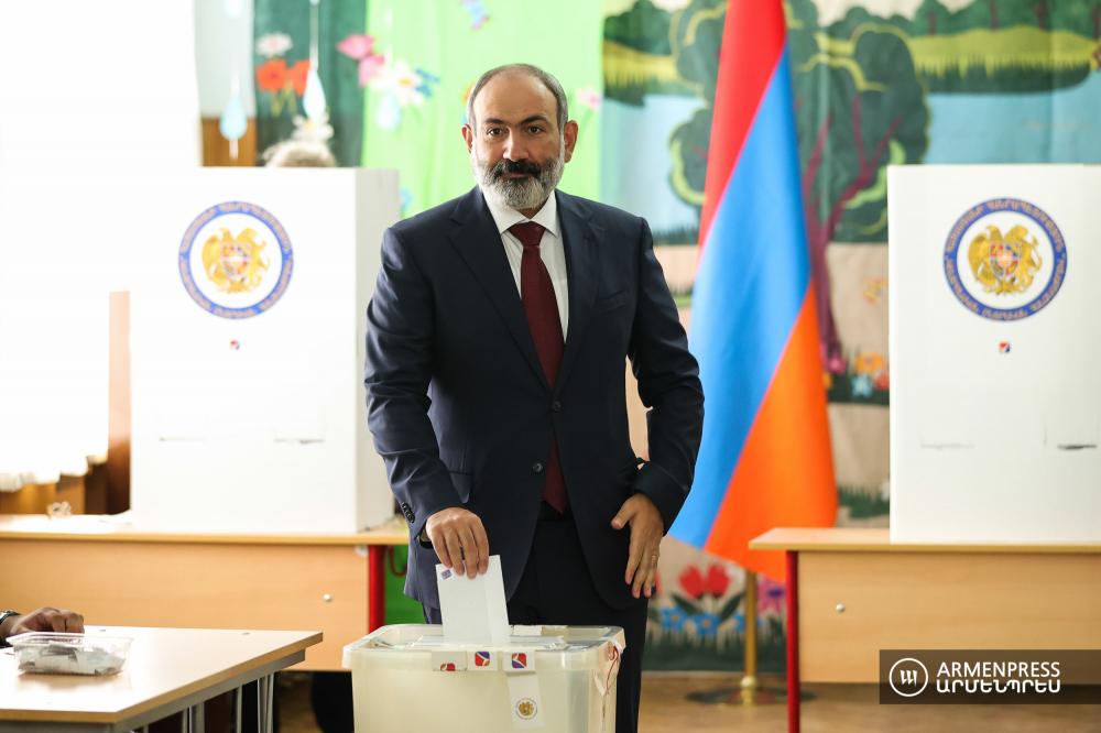 pashinyan-voting