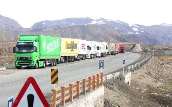 iranian trucks.jpg