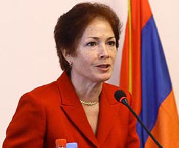 Marie Yovanovitch2