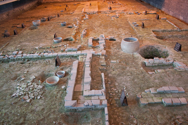 museum_excavation-archaeology