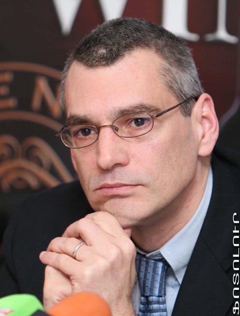 RichardGiragosian