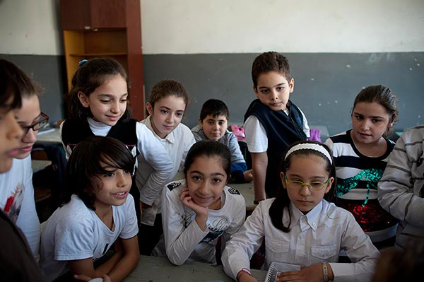 syrian-armenians-children-cilician-school