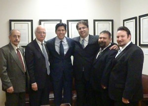 ACA members along with California State Senator Kevin de León (D-Los Angeles).