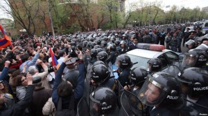 police-protesters