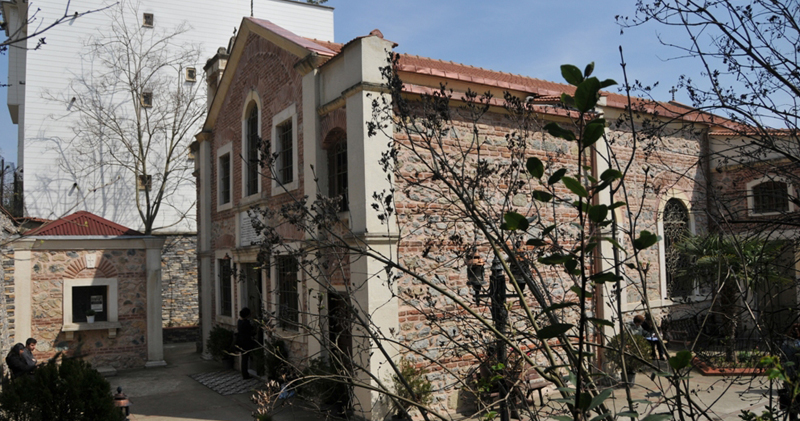 Surp Yerits Mangants Church - Armenian News By MassisPost