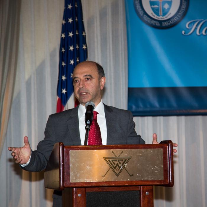 REV DR PAUL HAIDOSTIAN PRESDIENT OF HAIGAZIAN UNIV