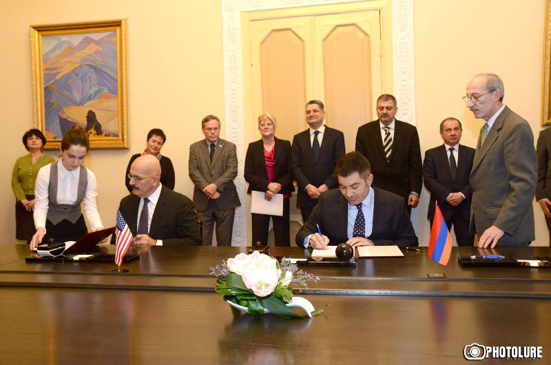 An Armenian-American agreement is signed at the RA Government