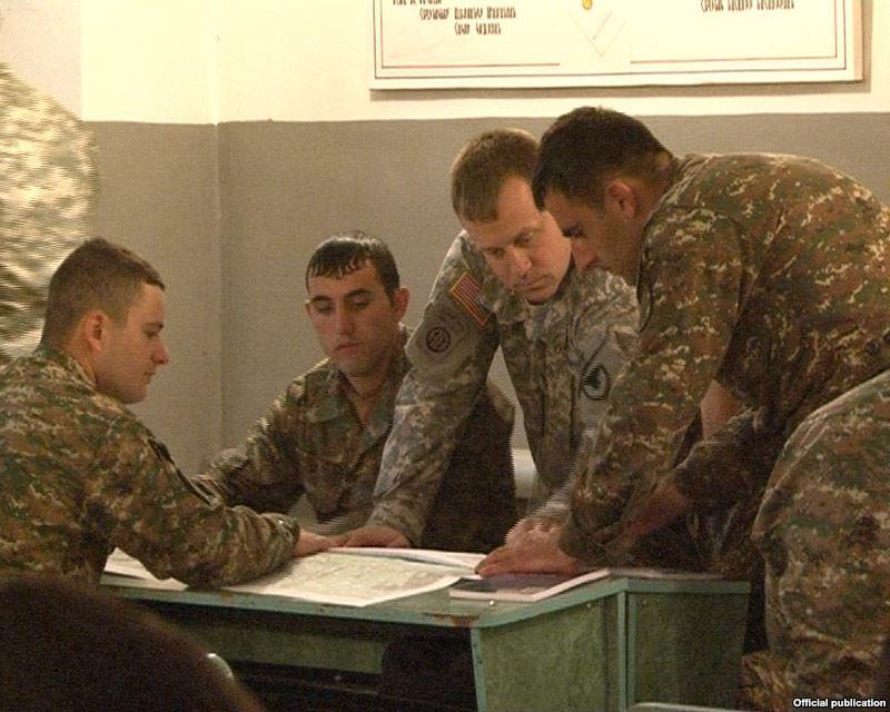 us-armeniasoldiers3