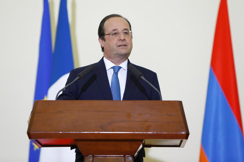 Serzh-Sargsyan-Francois-Hollande-Yerevan-2