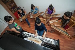 Children-are-Trained-in-Armenian-and-European-Classical-Instruments-Like-the-Kanun-and-Piano