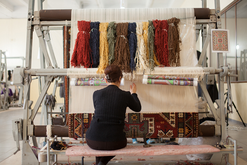 The-Wool-The-Loom-the-Design-and-the-Weaver-How-an-Armenian-Rug-is-Made