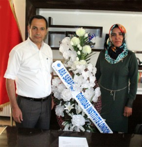 Bitlis-Co-Mayors-with-GI-Letter-and-flowers-2