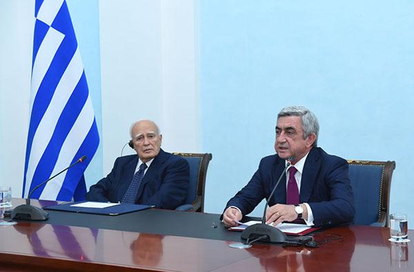 Serzh-Sargsyan-Carolos-Papuolias-5