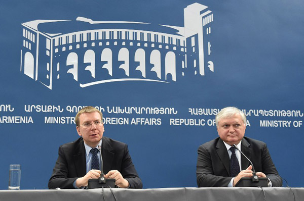 RA Foreign Minister Edward Nalbandyan and Latvian Foreign Minist