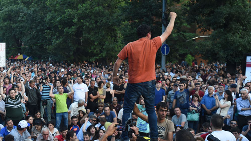 28/06/2015. YEREVAN, ARMENIA. Leaders of the protest action against electricity price increase went to Freedom Square some people still on Baghramyan Avenue