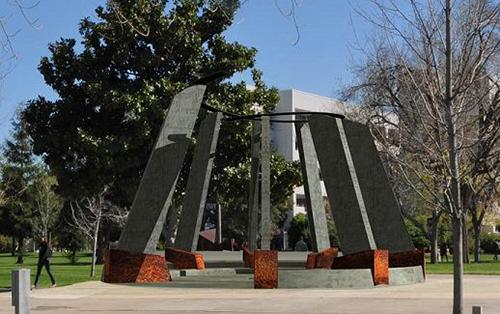Fresno-Monument