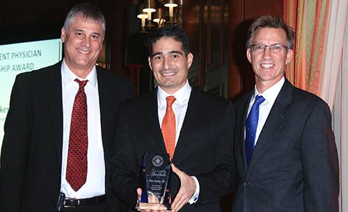 Vicken Sepilian receiving LACMA Award