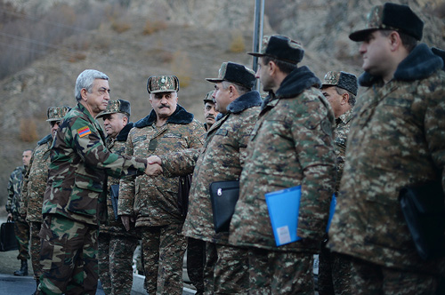 sarkisian-border-3