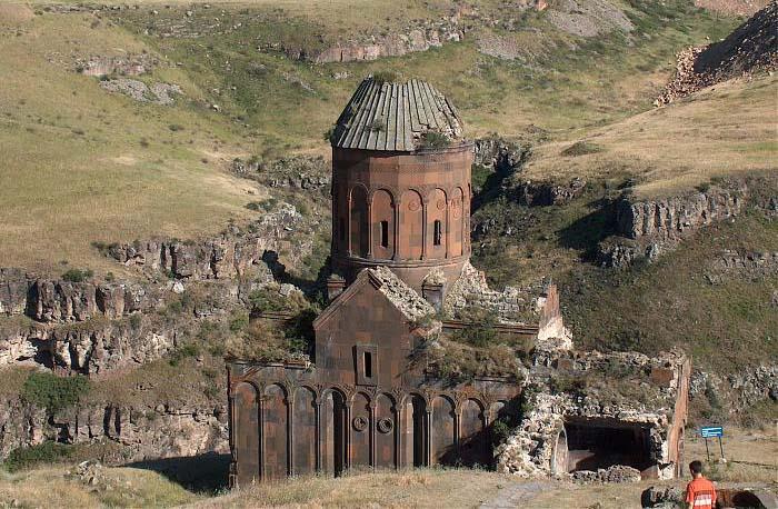 Tigran Honents church