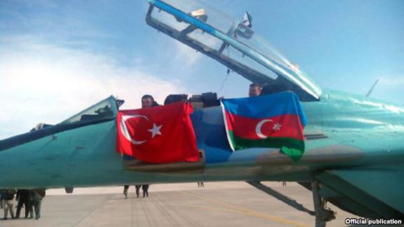 Turkey-Azerbaijan-jet